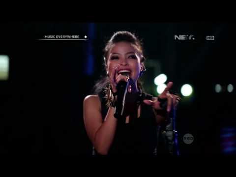 Kotak feat Damez Nababan - Pefect Love (Live at Music Everywhere) **