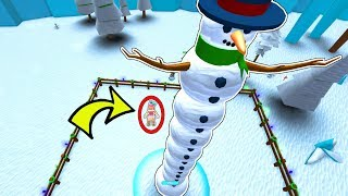 Roblox: BUILDING THE TALLEST SNOWMAN IN ROBLOX!!!