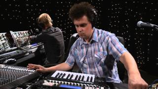 Simian Mobile Disco - Sun Dogs / Tangents / Calyx (Live on KEXP)