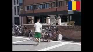 Differenze tra italiani, rumeni e albanesi: Rubare una bici