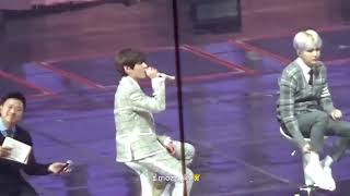 BTS(방탄소년단) Taehyung(뷔) singing '4 o'clock' acapella version live at BTS 4th Muster