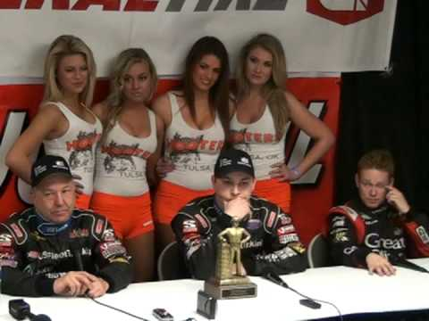 2013 Lucas Oil Chili Bowl Kevin Swindell Wins Saturday Feature