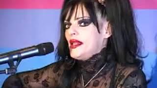 "NINA HAGEN ""All You Fascists Bound To Lose"" LIVE VIENNA 07 / 04 / 2010 (video)"