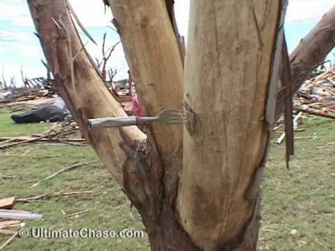 Greensburg Tornado Damage Video - Greensburg Kansas