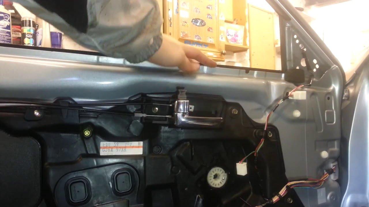 Wymiana Szyby W Przednich Drzwiach Mazda 6 Youtube