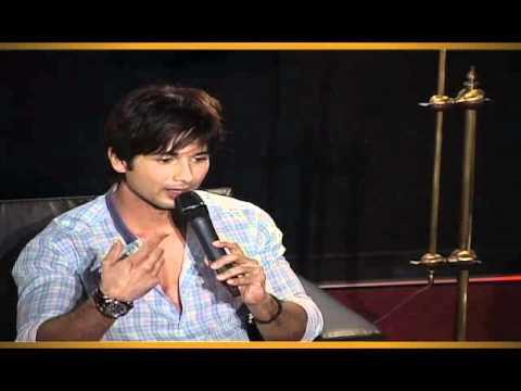 Download Mausam [2011]  *First Look Launch*  with Shahid Kapoor , Sonam Kapoor & Pankaj Kapoor