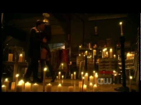 Zatanna and Clark  Full Make Out  Ep 913 HD