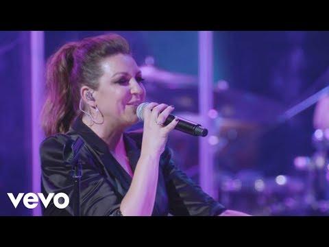 Niña Pastori con Rosalía - Cuando Te Beso (En Directo)