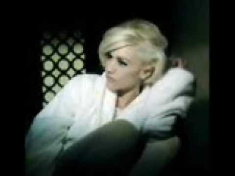 Gwen Stefani Luxurious Karaoke Final