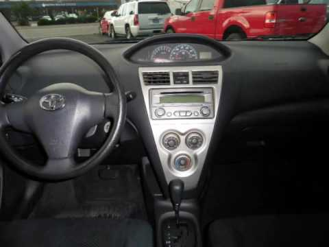 2012 Toyota Yaris 4dr Sdn Auto  / CLEAN CARFAX / / GREAT GAS SAVER / (Tucson, Arizona)