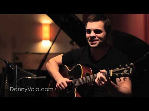 Danny Vola- Who Dat Girl- Flo Rida ft. Akon Acoustic Cover