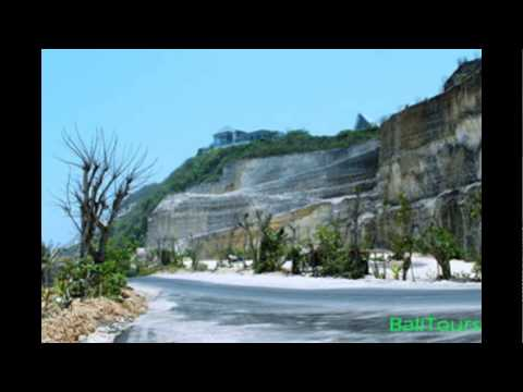 Eloknya Pantai Melasti Dan Gugusan Tebing Kapur Berkelok -  BALI Indonesia
