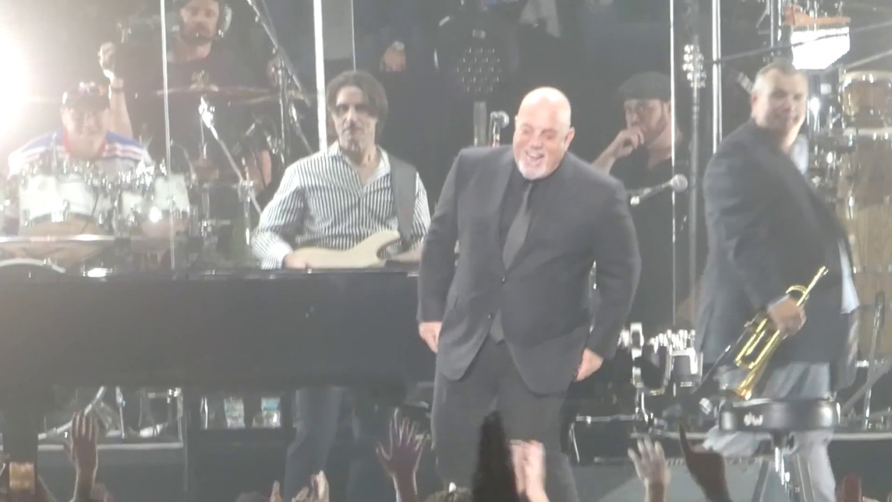 Only The Good Die Young Billy Joel Madison Square Garden New York 2 21 18 Youtube