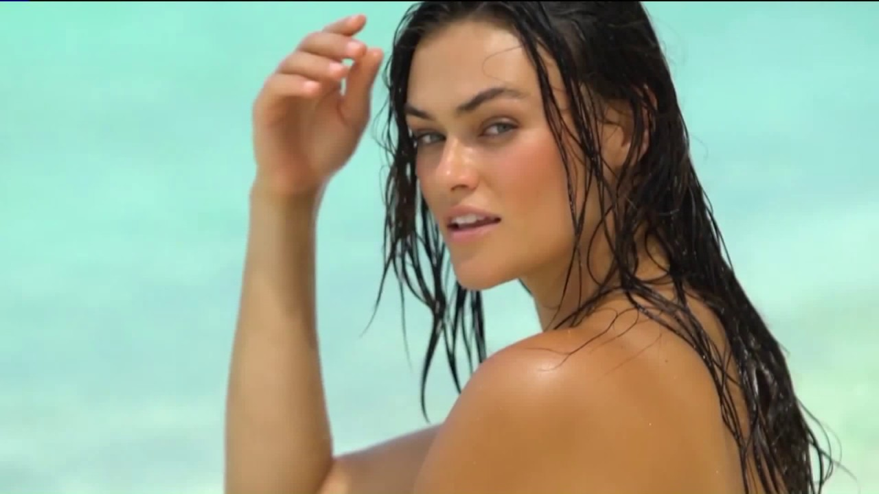 Mother Model Sports Illustrated Swimsuit Model Youtube