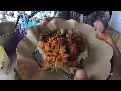 Indonesia Bali Street Food 2070 Part.1 Halal Mix Rice Nasi Campur Halal  Ibu Kiki YDXJ0112