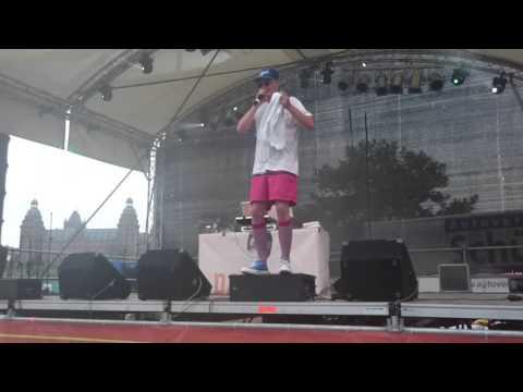 Cro - forrest gump - LIVE ONE RACE HUMAN AFRIKA KARIBIK FESTIVAL 2017