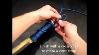 Spiral hitched paracord handle