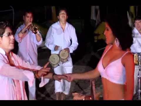 CUMBIA DE HOY - ´¨H.B.¨ (HOJA EN BLANCO ) EN HD