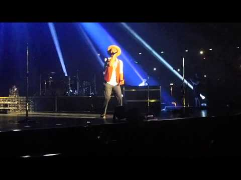 When I Was Your Man Live Singapore - Bruno Mars MOONSHINE JUNGLE TOUR 2014