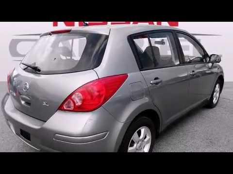 2010 Nissan Versa 18 SL Hatchback