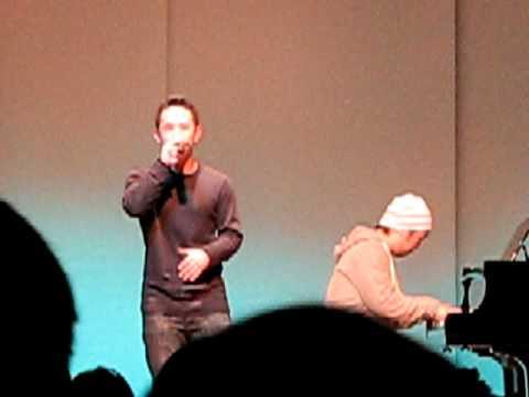 Jason Chen- Grenade (live)