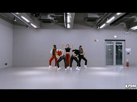 ITZY – WANNABE Dance Practice (Mirrored)