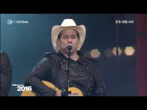 The BossHoss - Dos Bros - Don't Gimme That - Silvester 2015 in Berlin (Willkommen 2016)