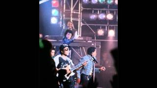 This Place Hotel/Heartbreak Hotel - The Jacksons (best version)