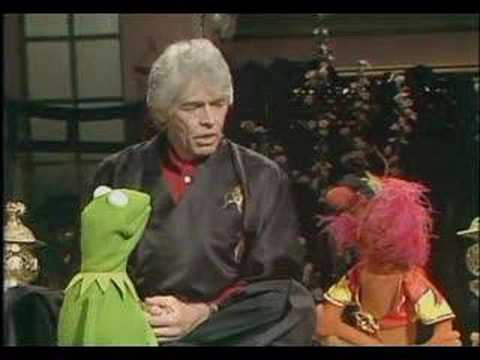 Muppet Show - James Coburn And Animal