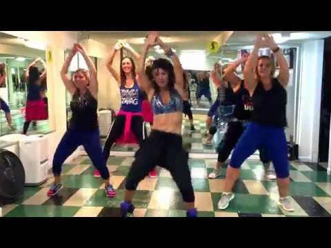 Zumba with Mariela Monterroso | Shaky Shaky by Daddy Yankee