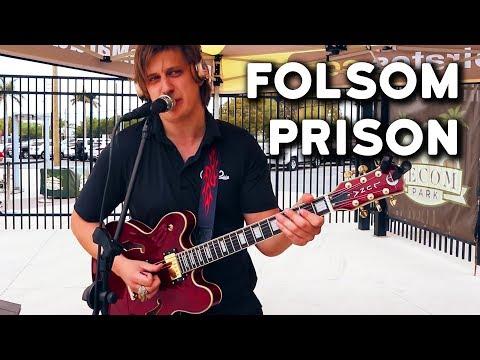 Folsom Prison Blues - Johnny Cash (live loop cover by Dovydas)
