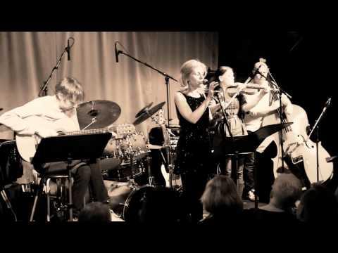Chiqiline de Bachine (Piazzolla) - Johanna Grüssner with sister Ella