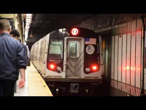 BMT Broadway Line: Astoria bound W local train of R160Bs at Times Sq-42nd Street