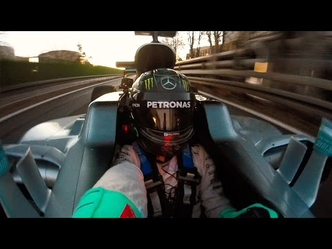 ONBOARD & HIGH SPEED SELFIE! - Nico Rosberg's last drive in W07!