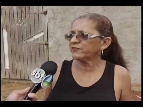 Obra de drenagem deixa moradores ilhados no bairro de Santa Lúcia