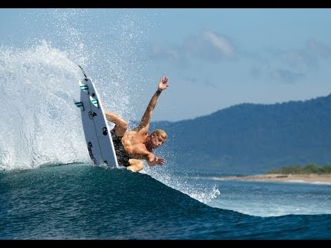 MICK FANNING - The Free Surfer, The World Champion.