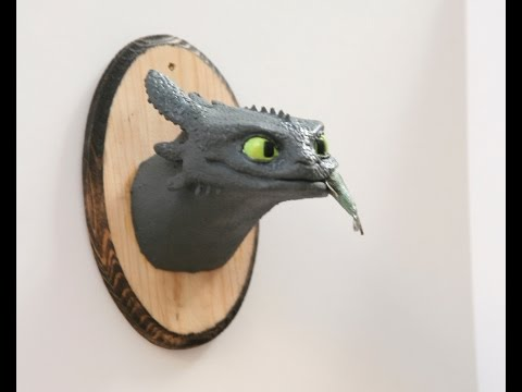 making Toothless bust