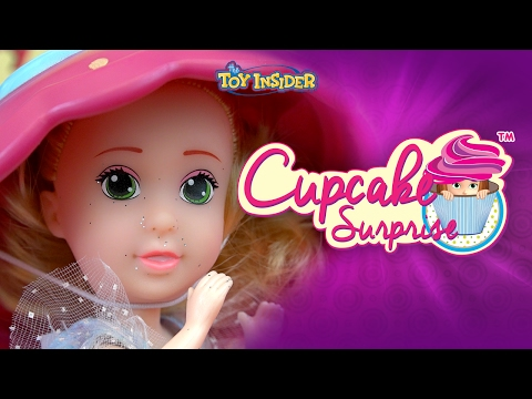 Cupcake Surprise Dolls | A Toy Insider Play by Play | What's Inside These Sweet Scented Toys?