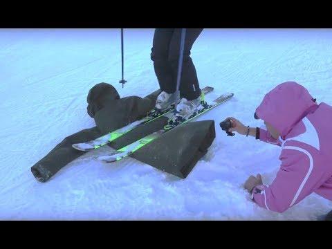 finest selection f3a39 73f99 Sciare sopra all'Arctic Parka di Save The Duck - YouTube