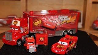 Gambar cover Mattel Disney Cars Lightning McQueen My Name Is Not Chuck Mack Hauler Die-casts