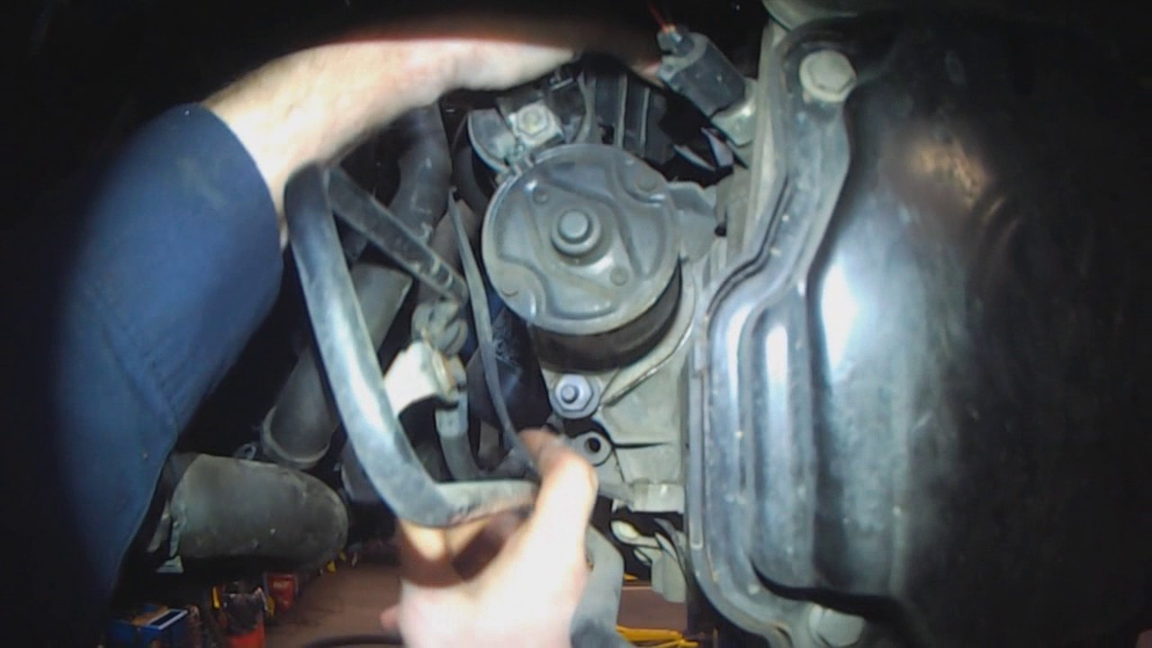 VW A4: 18T, 19 TDI, 20, VR6 Starter removal (5 speed manual)  YouTube