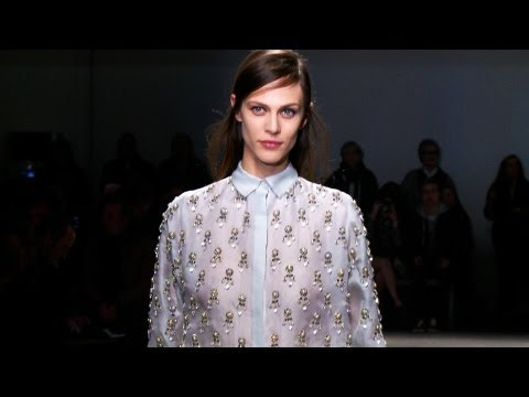 No. 21 Autumn/Winter 2013-14 - Videofashion