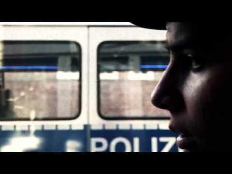 Nate57 - Blaulicht [Official Video] HD