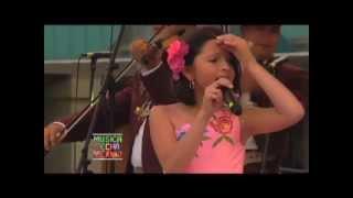 Смотреть клип Angela Aguilar - La Pizpireta