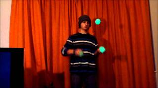 Repeat youtube video 10 Advanced 3 Ball Juggling Tricks