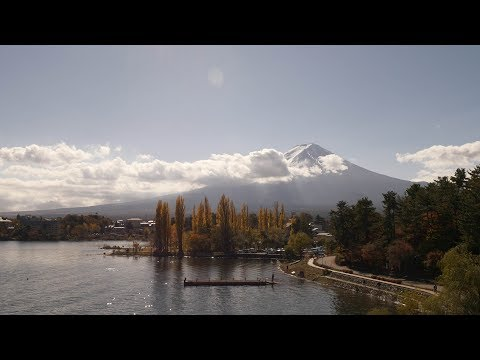 【4K】Mt. Fuji - Walking from Kawaguchiko station to the lake