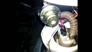 Daewoo Matiz - Проверка обратного клапана регулятора давления топливного насоса