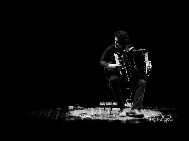 Vince Abbracciante - Requiem per un ulivo (solo)