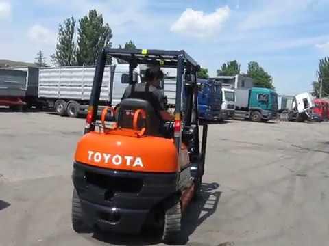 Газ-бензиновый вилочный погрузчик Toyota 6FGL20 грузоподъёмностью 2 тонны