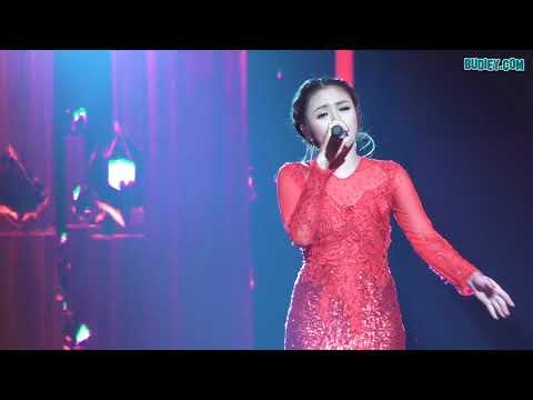 Video Penuh Baby Shima Nyanyi Lagu AKU TAK AKAN BERSUARA Di Konser BIG STAGE
